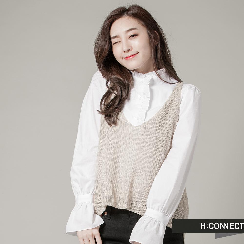 H:CONNECT韓國品牌女裝純色V領針織感外搭背心駝