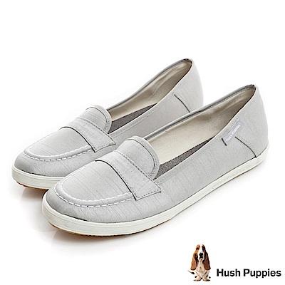 Hush Puppies 典雅緞面咖啡紗摩卡娃娃鞋-淺灰