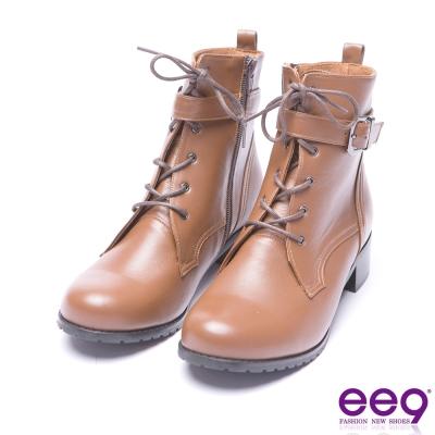 ee9 率性風采繫帶百搭素面粗跟短靴-咖色