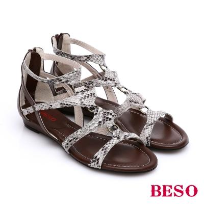BESO-摩登部落-動物紋混搭羅馬涼鞋-白灰