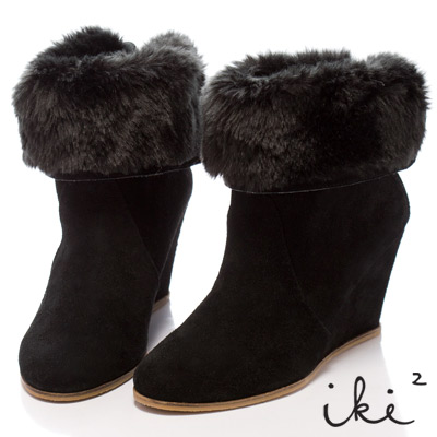 iki2北歐情調-2way毛翻領暖暖楔型靴-黑麂