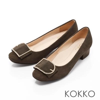KOKKO-精品手感方頭麂皮飾釦粗跟鞋-抹茶色