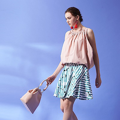 Chaber巧帛 優雅微甜線條花卉滿版印花立體空氣感造型波浪圓裙(兩色)-綠