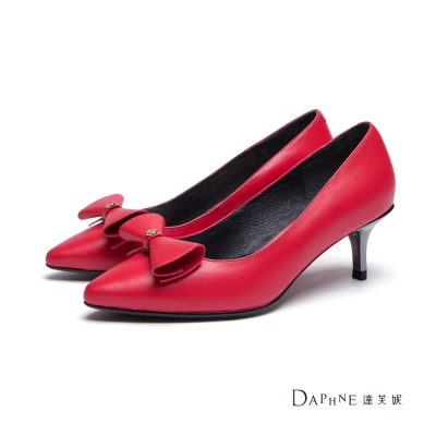 達芙妮DAPHNE-高跟鞋-素色蝴蝶結尖頭中跟鞋-紅8H