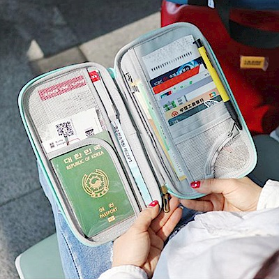 Conalife 多功能硬殼旅行護照證件收納包