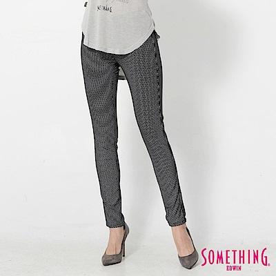 SOMETHING LADIVA超彈力窄直筒褲-女-黑色