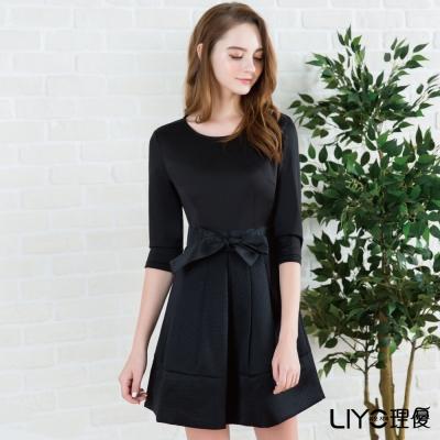 LIYO理優歐風假兩件式收腰洋裝(黑色)