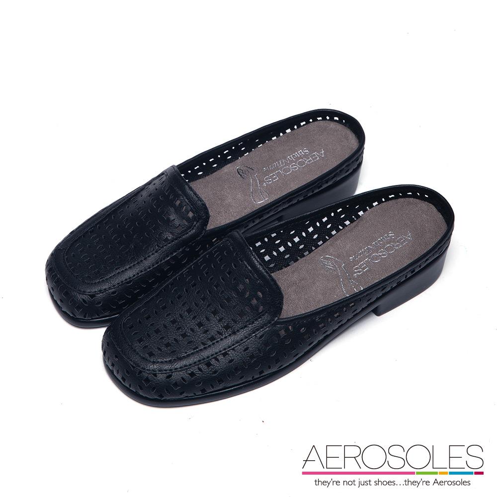 AEROSOLES 慵懶時尚幾何雕花鏤空厚底樂福鞋~尊爵墨黑