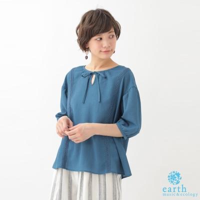 earth music 甜美胸前綁帶花邊設計五分袖上衣