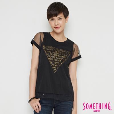 SOMETHING 細網雙層LOGO印花短袖T恤-女-黑色