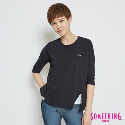 SOMETHING 簡約經典刺繡LOGOT恤-女-黑色