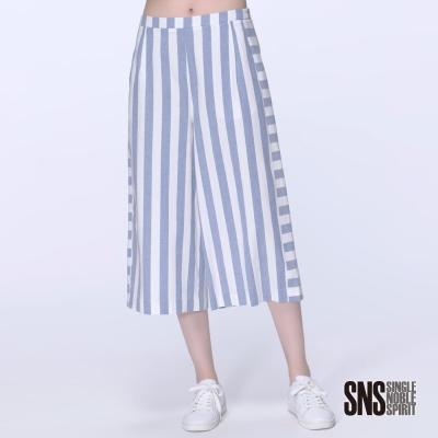 SNS 都會柔美寬條紋拼接高腰寬褲(2色)