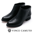 Vince Camuto 側邊編織素色粗跟短靴-黑色