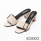KOKKO-漫步曼哈頓金屬扣粗跟涼拖鞋-亮眼白