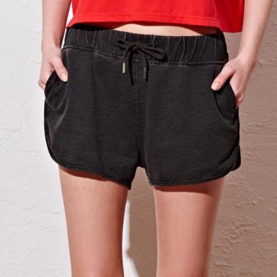 短褲-仿牛仔針織短褲-2色-CACO