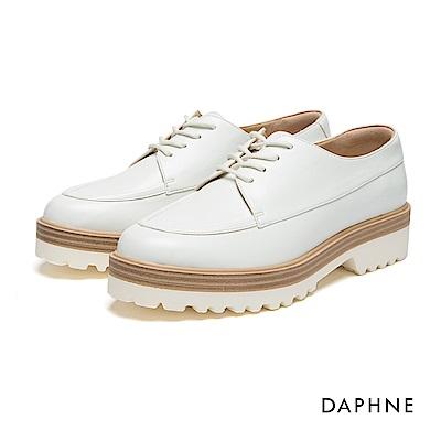 達芙妮DAPHNE 休閒鞋-繫帶拼接鋸齒厚底牛津鞋-白