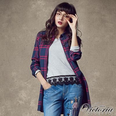 Victoria 格紋長版長袖襯衫-女-藍桃格