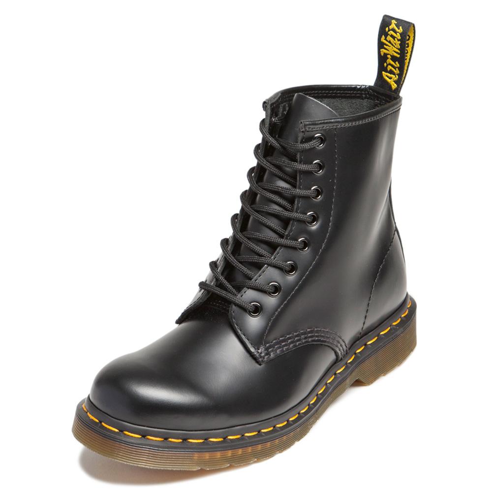 Dr.Martens-經典8孔馬汀馬丁靴-黑色R11822006