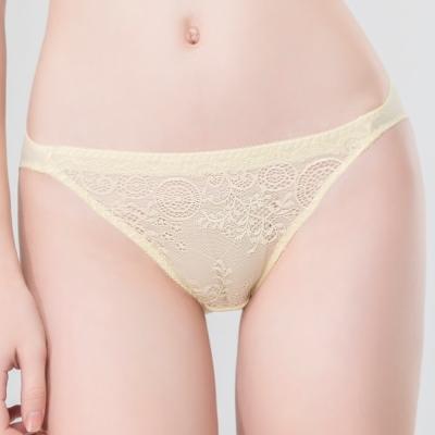 思薇爾 春漾佳人系列M-XL蕾絲低腰三角內褲(晨光黃)