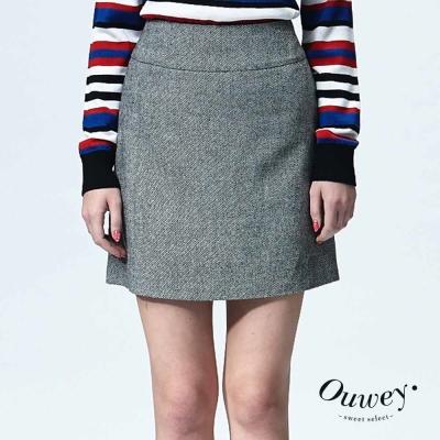 OUWEY歐薇-復古感毛呢斜紋短裙