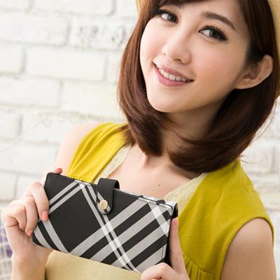 Miyo英倫學院風黑白格圓釦兩折長夾