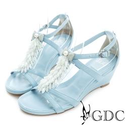GDC-蝴蝶結水鑽流蘇T字真皮楔型厚底涼鞋-淺藍色