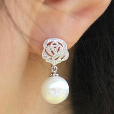 梨花HaNA-無耳洞玫瑰古典珍珠鏤空耳環夾式