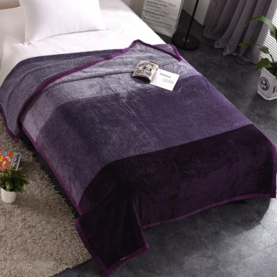 HOYACASA迷幻紫 法蘭絨四季舒柔包邊毯