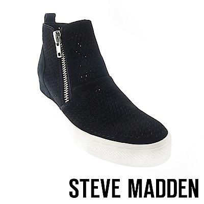 STEVE MADDEN-WEDGIE-P 麂皮簍空內增高休閒鞋-黑色