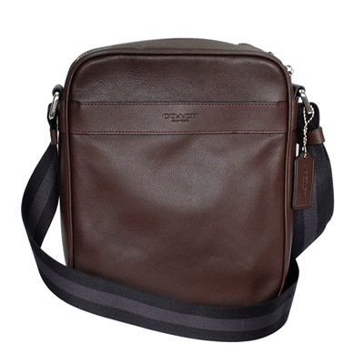 COACH 深咖啡全皮內釦式夾層袋休閒斜背男包