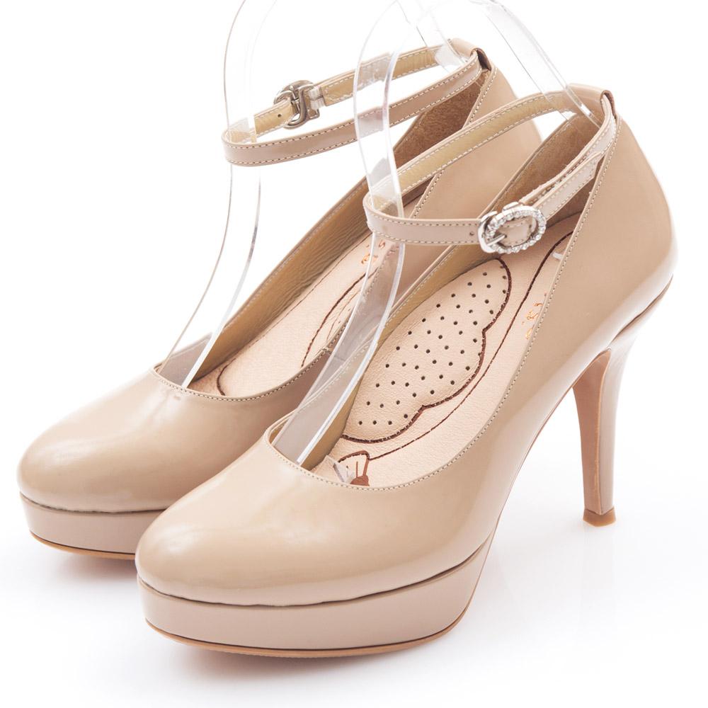G.Ms. 好穿進化-MIT牛皮2way厚底高跟鞋-漆皮淺杏