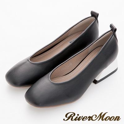 River&Moon-韓版復古造型撞色梯形跟乳膠包鞋-黑
