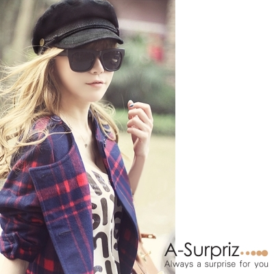 A-Surpriz 帥氣蕾絲滾邊銅釦海軍帽(黑)