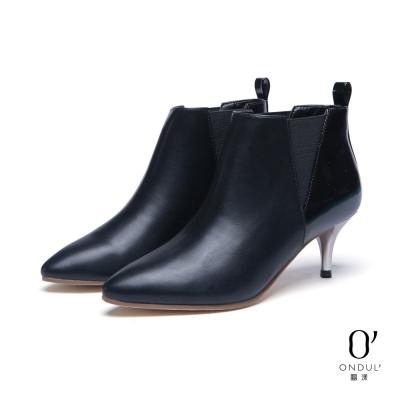 達芙妮x高圓圓-圓漾系列-短靴-三角拼接銀色細中跟踝靴-黑8H