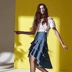 ICHE 衣哲 時尚微甜抽鬚層次拼接牛仔單寧蛋糕造型長裙-藍