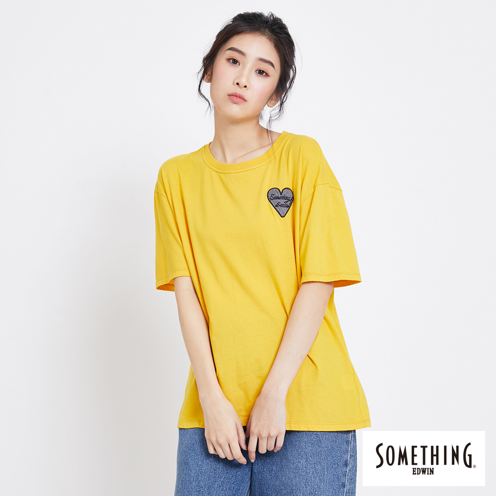 SOMETHING 愛心落肩休閒短袖T恤-女-黃色