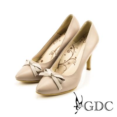GDC-OL必備優雅蝴蝶結尖頭高跟鞋-米色