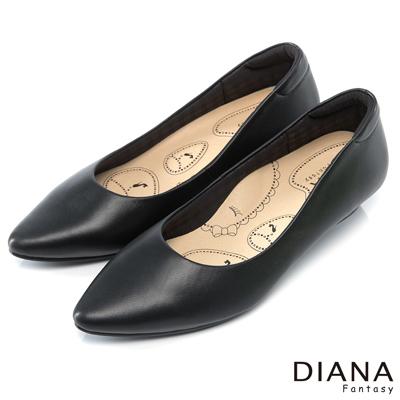 DIANA 漫步雲端布朗尼B款--輕彈舒適OL制鞋-黑