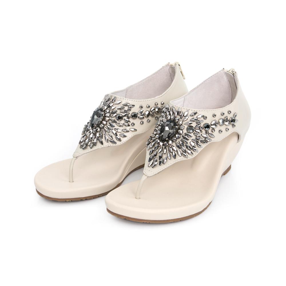 TAS 波希風水鑽珠珠T字楔型涼鞋-質感米