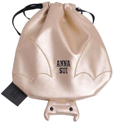 ANNA SUI 品牌LOGO刺繡可愛蝙蝠造型化妝機能包(燦金)