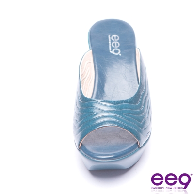 ee9 極致美學動感水流壓紋時尚楔型跟拖鞋-藍色