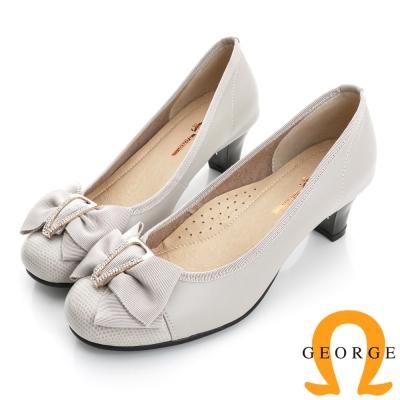 GEORGE喬治-通勤系列 全真皮釦環中跟包鞋(女)-白色