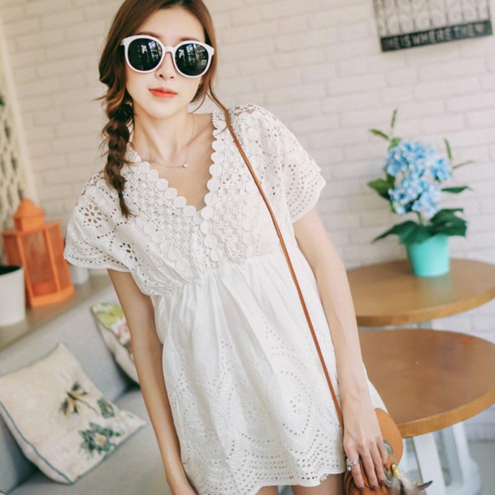 La BellezaV領圈圈緹花蕾絲鏤空織紋洞洞白色棉麻縮腰洋裝