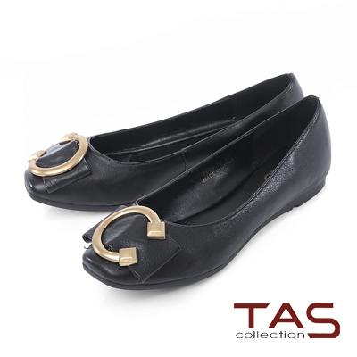 TAS-C字金屬扣飾方頭娃娃鞋-實搭黑