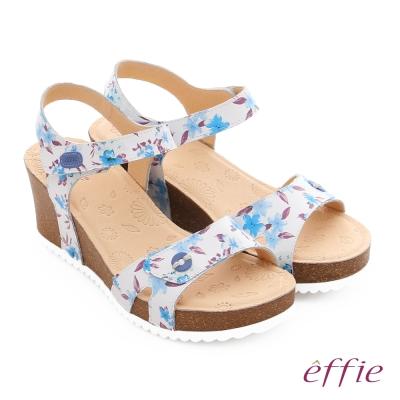effie 嬉皮假期 真皮繽紛碎花繞踝厚底涼拖鞋 粉藍色
