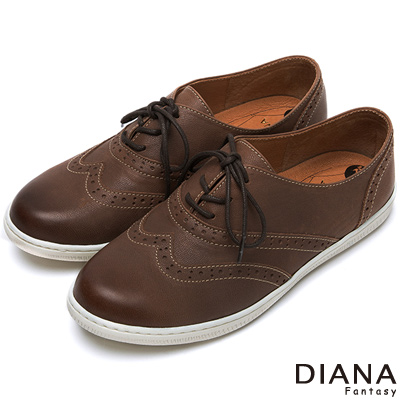 DIANA-超厚切布朗尼少女款-綁帶仿舊真皮平底鞋