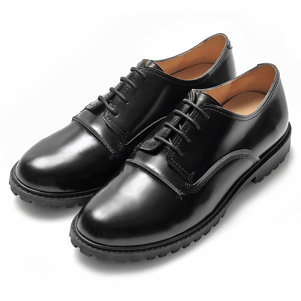 WHILE 極簡龐克 低筒四孔真皮短靴 – 龐克黑