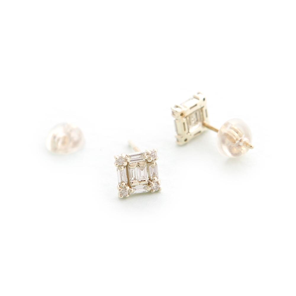 JewCas Carre系列10K金方形鑽石耳環