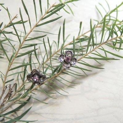KOURIN花園系列-復古銀色粉鑽四葉草耳環