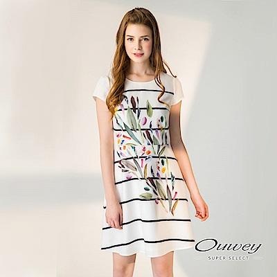 OUWEY歐薇 甜美印花條紋短袖洋裝(白)-動態show
